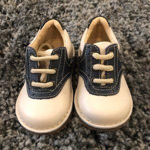 Boys Kid Express Bone and Navy Saddle Shoes